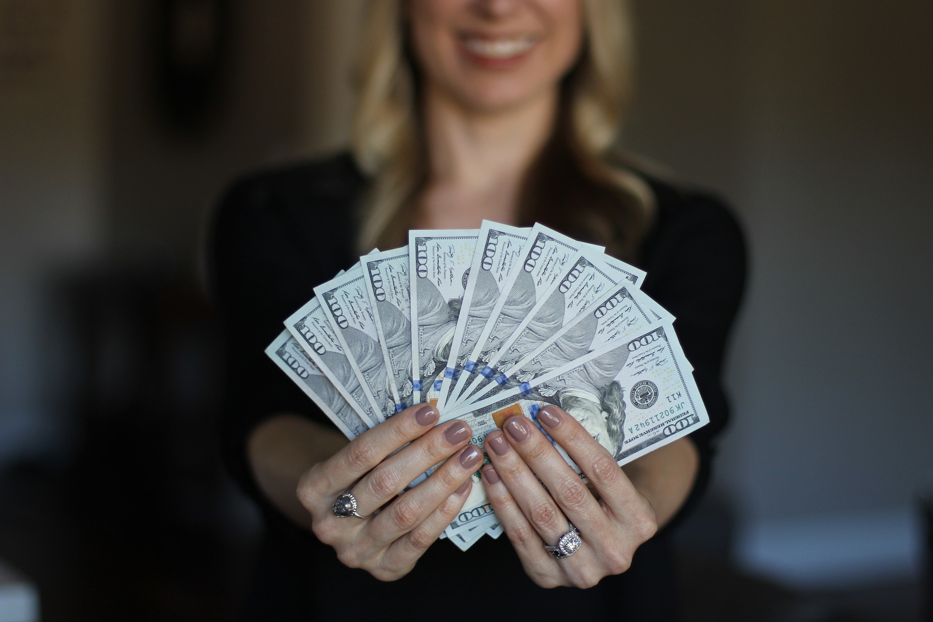 More women are financially independent from men than ever before. Source: sallyjermain / Pixabay